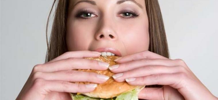 Ansiedade é um dos fatores que podem desencadear obesidade