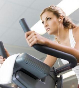 Viver mais e com saúde só é possível se praticar atividade física